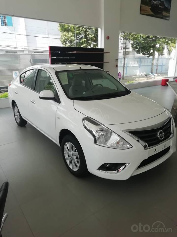 Bán Nissan Sunny XL 2019, màu trắng, giá 428tr-5