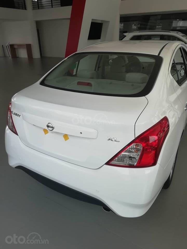 Bán Nissan Sunny XL 2019, màu trắng, giá 428tr-7