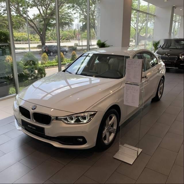 Bán BMW 3 Series 320i đời 2018, màu trắng, nhập khẩu Đức-2