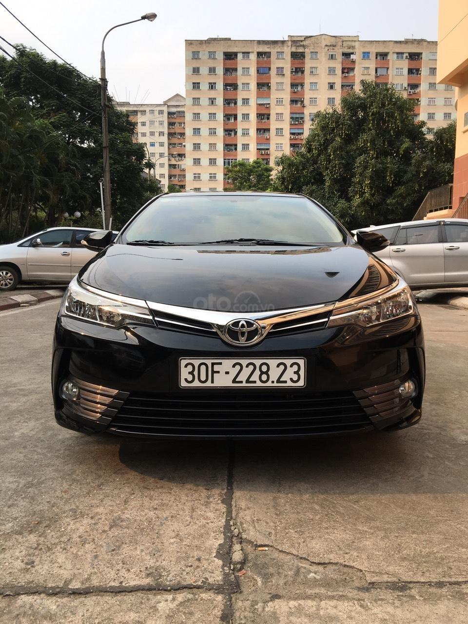 Bán xe Toyota Corolla Altis 1.8G AT 2019, đi 6 nghìn km mới cứng-0