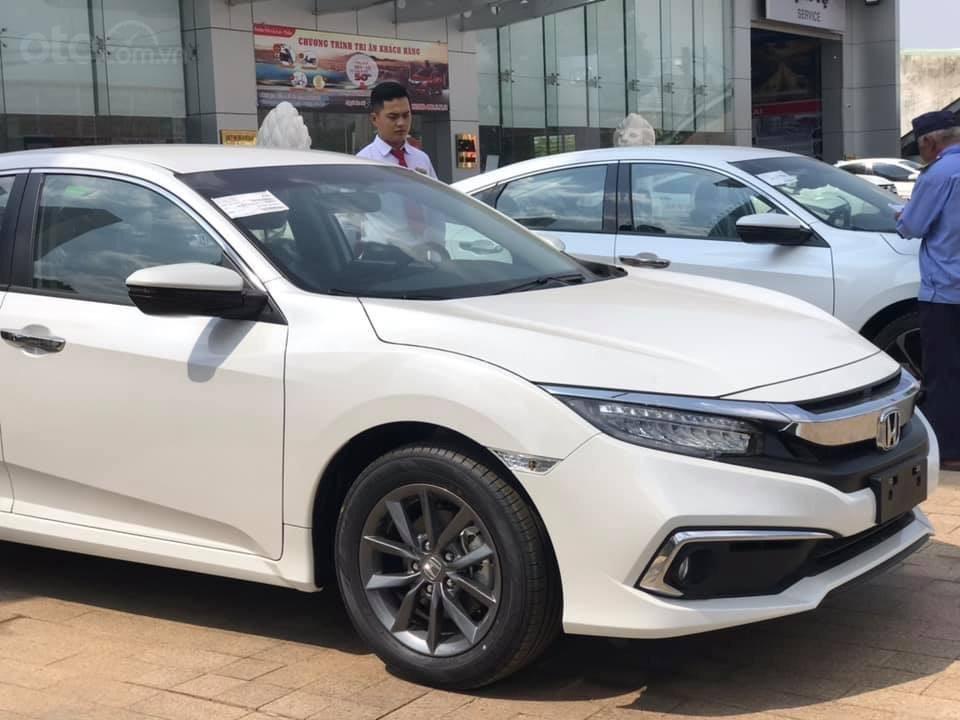 Bán Honda Civic 1.8 G 2019, Honda Ô tô Đắk Lắk - Hỗ trợ trả góp 80%, giá ưu đãi cực tốt – Mr. Trung: 0943.097.997-1