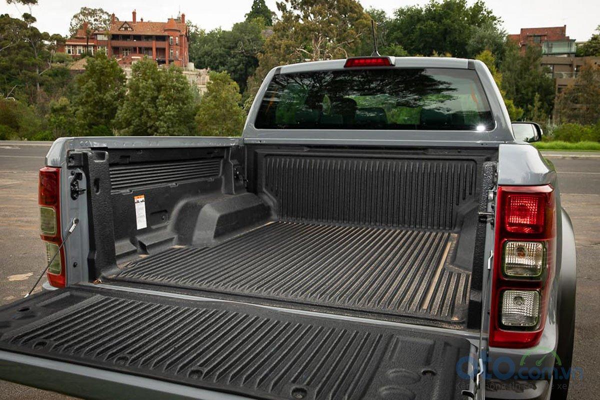 Thùng xe tương đối lớn của Ford Ranger Raptor 2019 2