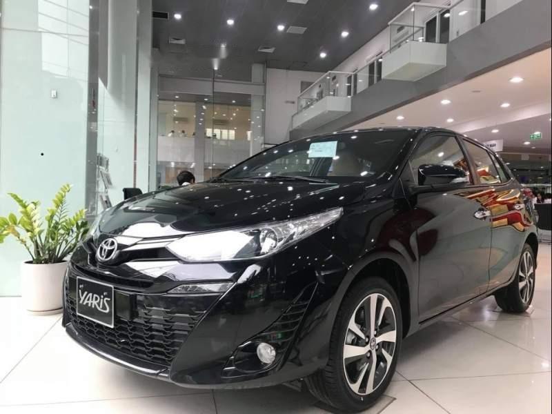 Cần bán Toyota Yaris đời 2019, màu đen, nhập khẩu Thái Lan giá cạnh tranh (1)