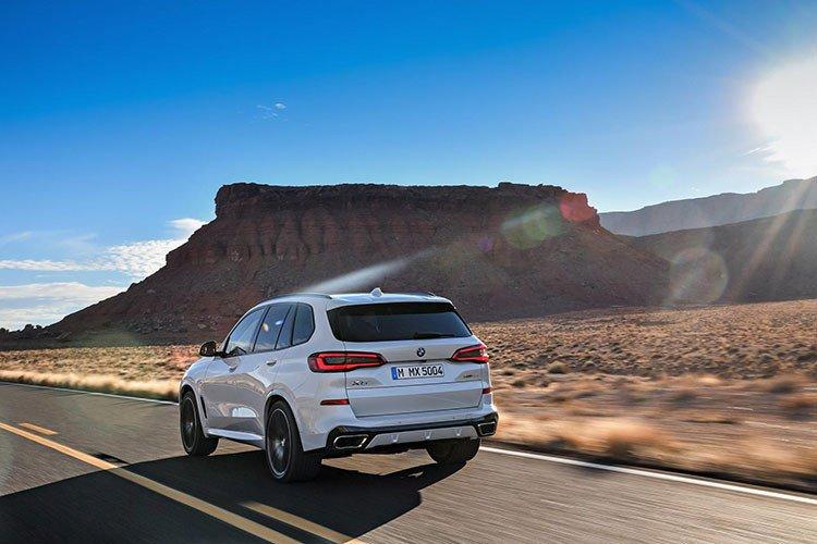 """""""Soi"""" chi tiết mẫu BMW X5 2019 sắp về Việt Nam, cạnh tranh với Audi Q7 a9"""