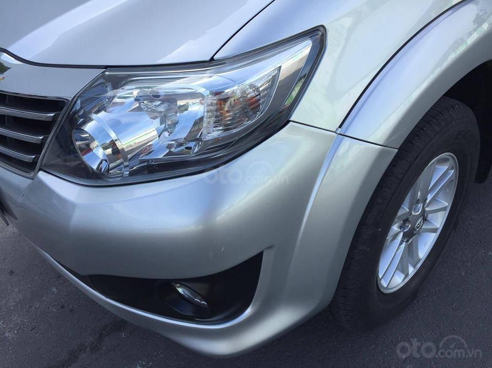 Cần bán xe Toyota Fortuner V 2013 số tự động, máy xăng-2