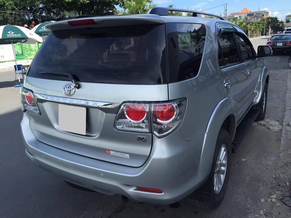 Cần bán xe Toyota Fortuner V 2013 số tự động, máy xăng-8