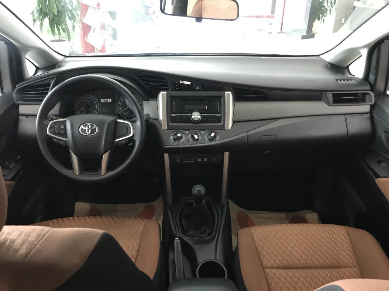 Toyota Hùng Vương bán xe Toyota Innova 2.0E 2019 - Tháng 5 khuyến mãi cực khủng giảm ngay 30triệu - LH: 0938998196-1