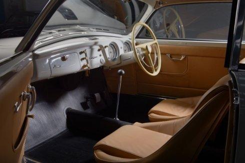 Xế cổ Lancia Aurelia B20 GT đẹp long lanh sau quá trình tái tạo tại Anh a9