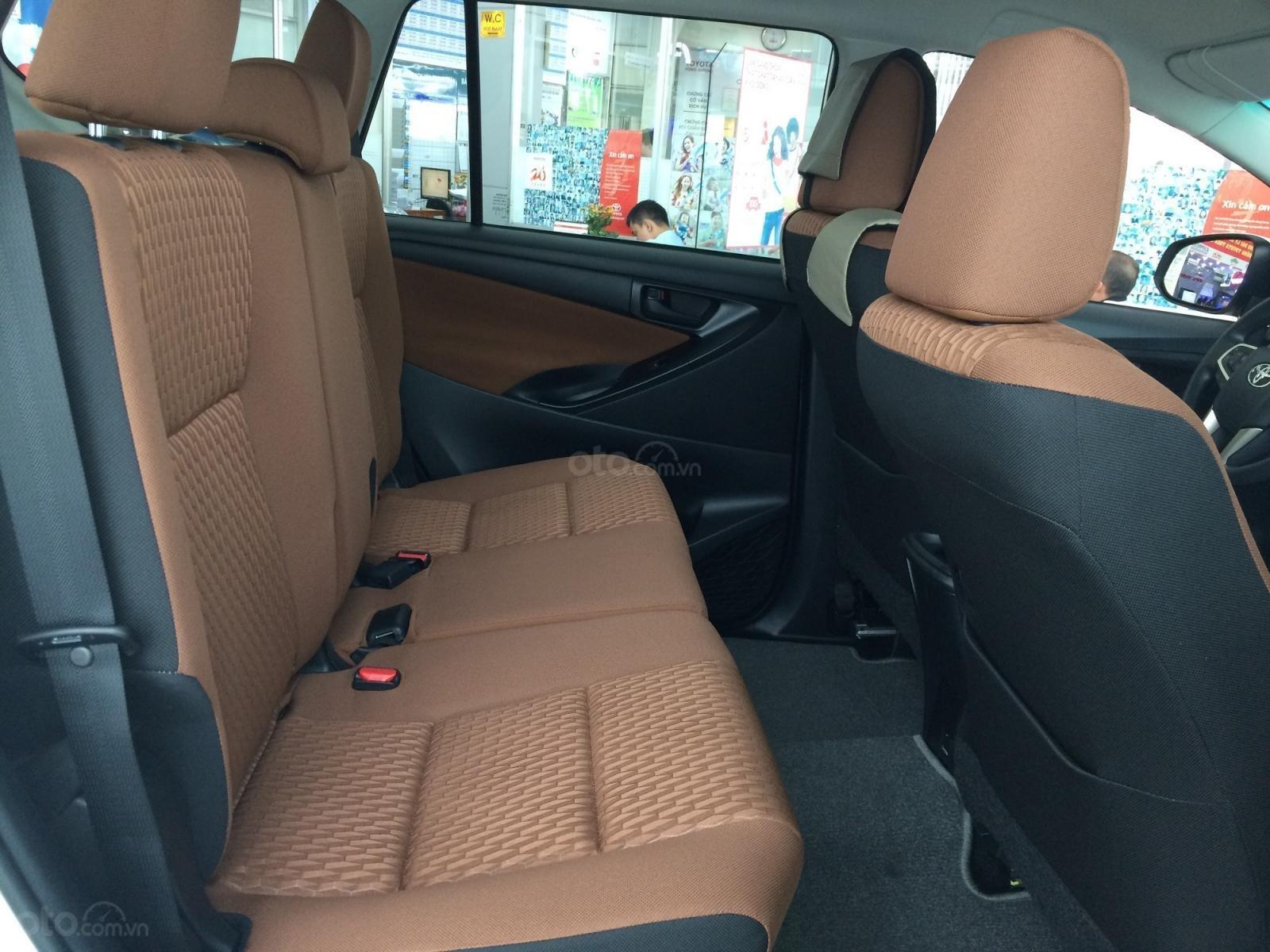 Toyota Hùng Vương- Innova 2.0 E, giá đặc biệt tháng 5, giảm tiền, phụ kiện, bảo hiểm, LH 0933.433.729-4