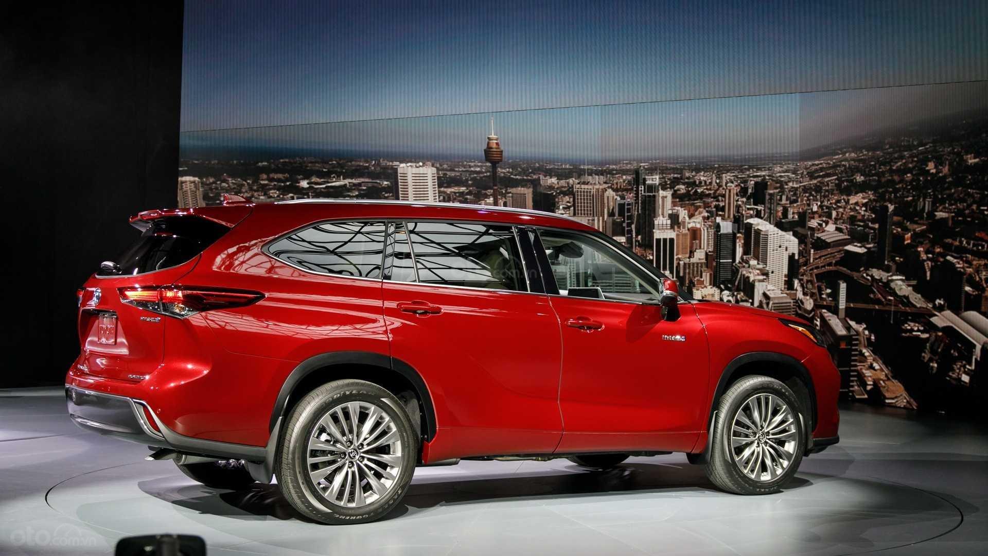 Đánh giá xe Toyota Highlander 2020 - thân xe