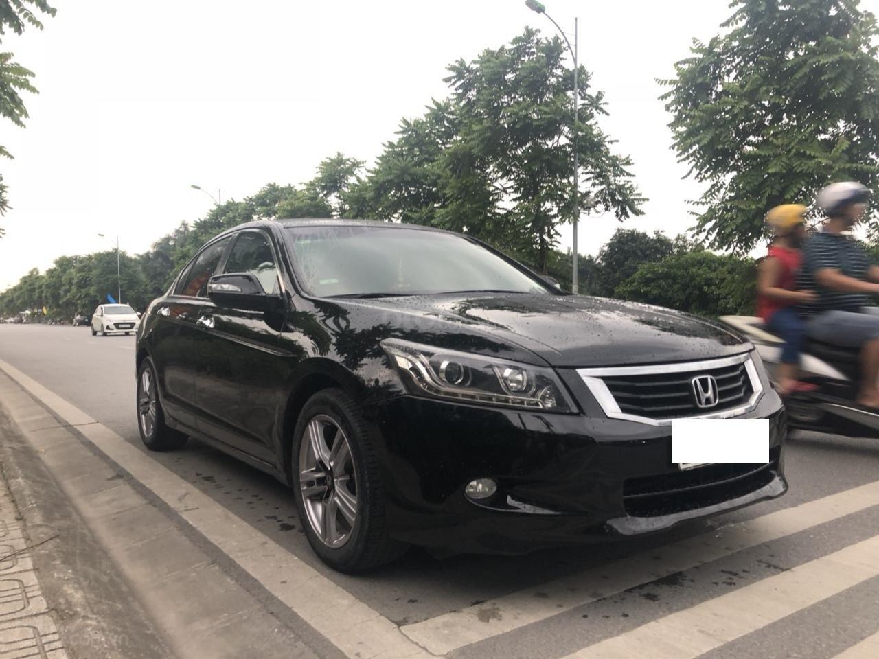 Bán ô tô Honda Accord 2.0 năm sản xuất 2010, màu đen, nhập khẩu nguyên chiếc (4)