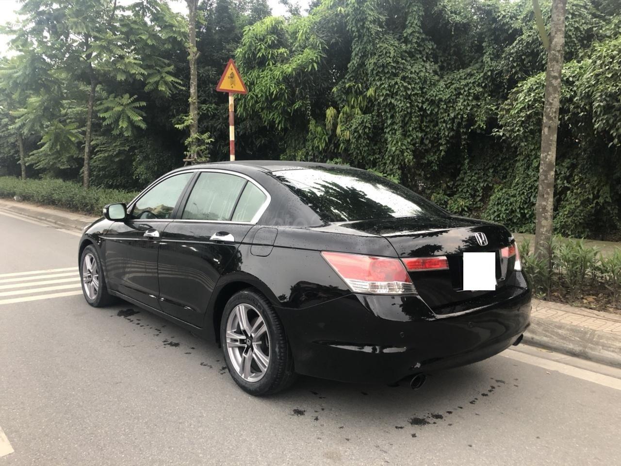 Bán ô tô Honda Accord 2.0 năm sản xuất 2010, màu đen, nhập khẩu nguyên chiếc (1)