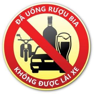 Khẩu hiệu đã uống rượu bia, không được lái xe được nhiều người lan truyền trên mạng xã hội...