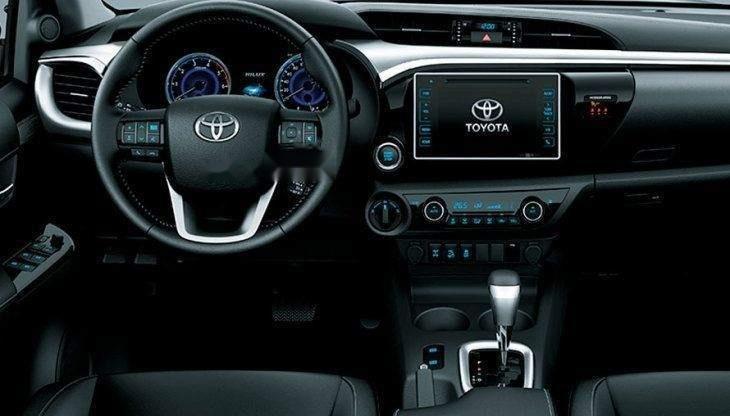 Bán Toyota Hilux đời 2019, nhập khẩu nguyên chiếc giá cạnh tranh-3