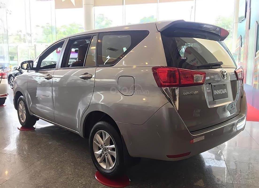 Toyota HIriroshima Tân Cảng bán Innova 2.0E 2019 mới 100% với nhiều ưu đãi hấp dẫn-3