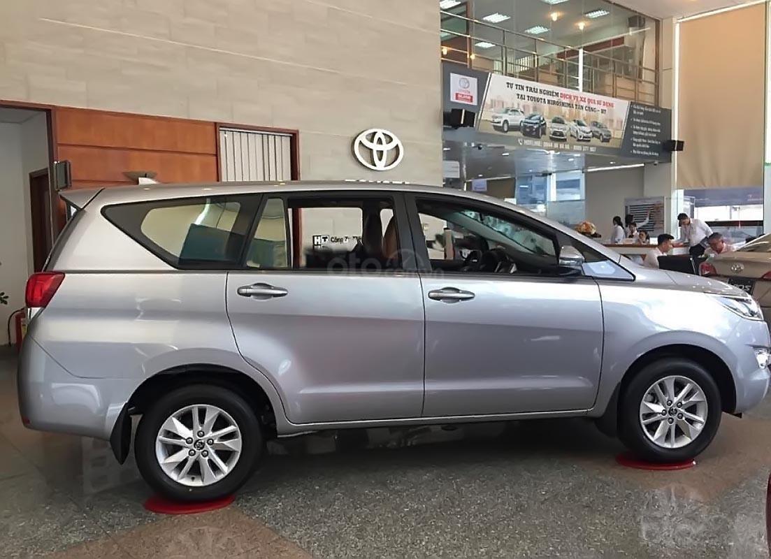 Toyota HIriroshima Tân Cảng bán Innova 2.0E 2019 mới 100% với nhiều ưu đãi hấp dẫn-2