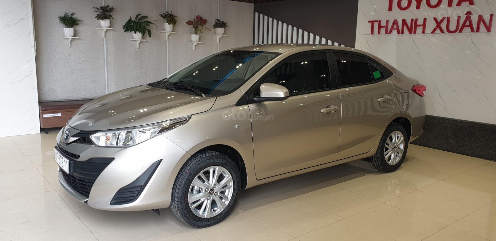 Toyota Vios 1.5E số sàn giao ngay, chiết khấu tiền mặt, tặng gói phụ kiện chính hãng, hỗ trợ mua trả góp 85% giá trị xe-1