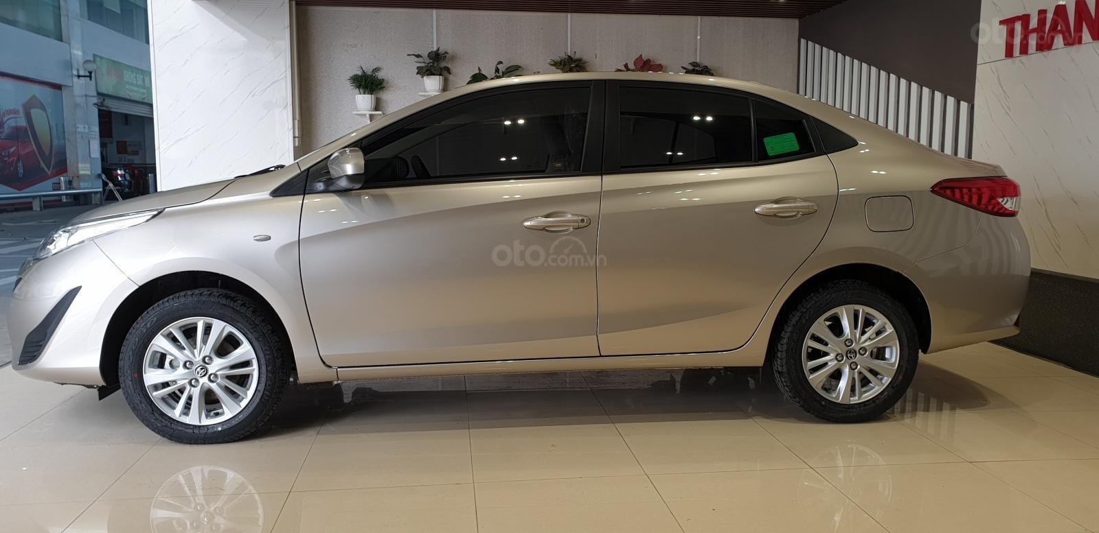 Toyota Vios 1.5E số sàn giao ngay, chiết khấu tiền mặt, tặng gói phụ kiện chính hãng, hỗ trợ mua trả góp 85% giá trị xe-2