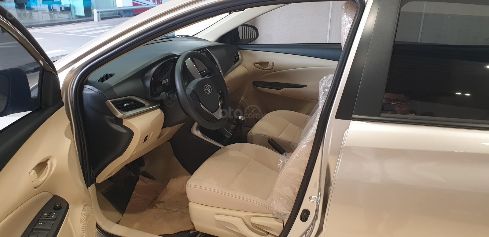 Toyota Vios 1.5E số sàn giao ngay, chiết khấu tiền mặt, tặng gói phụ kiện chính hãng, hỗ trợ mua trả góp 85% giá trị xe-6