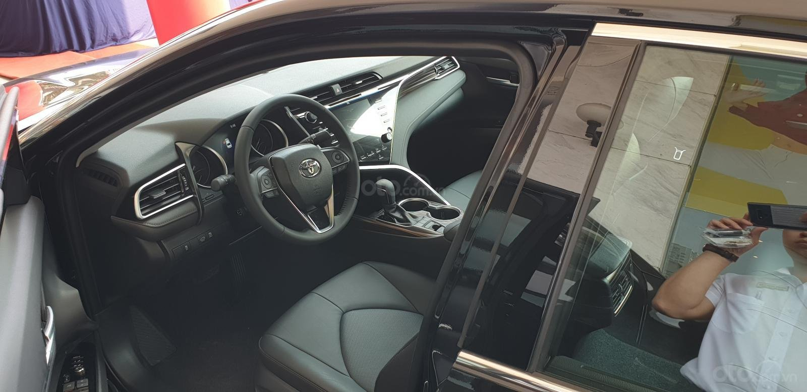 Bán Toyota Camry 2.5Q nhập khẩu giao ngay, giá tốt, liên hệ 0987404316 - 0355283111-3