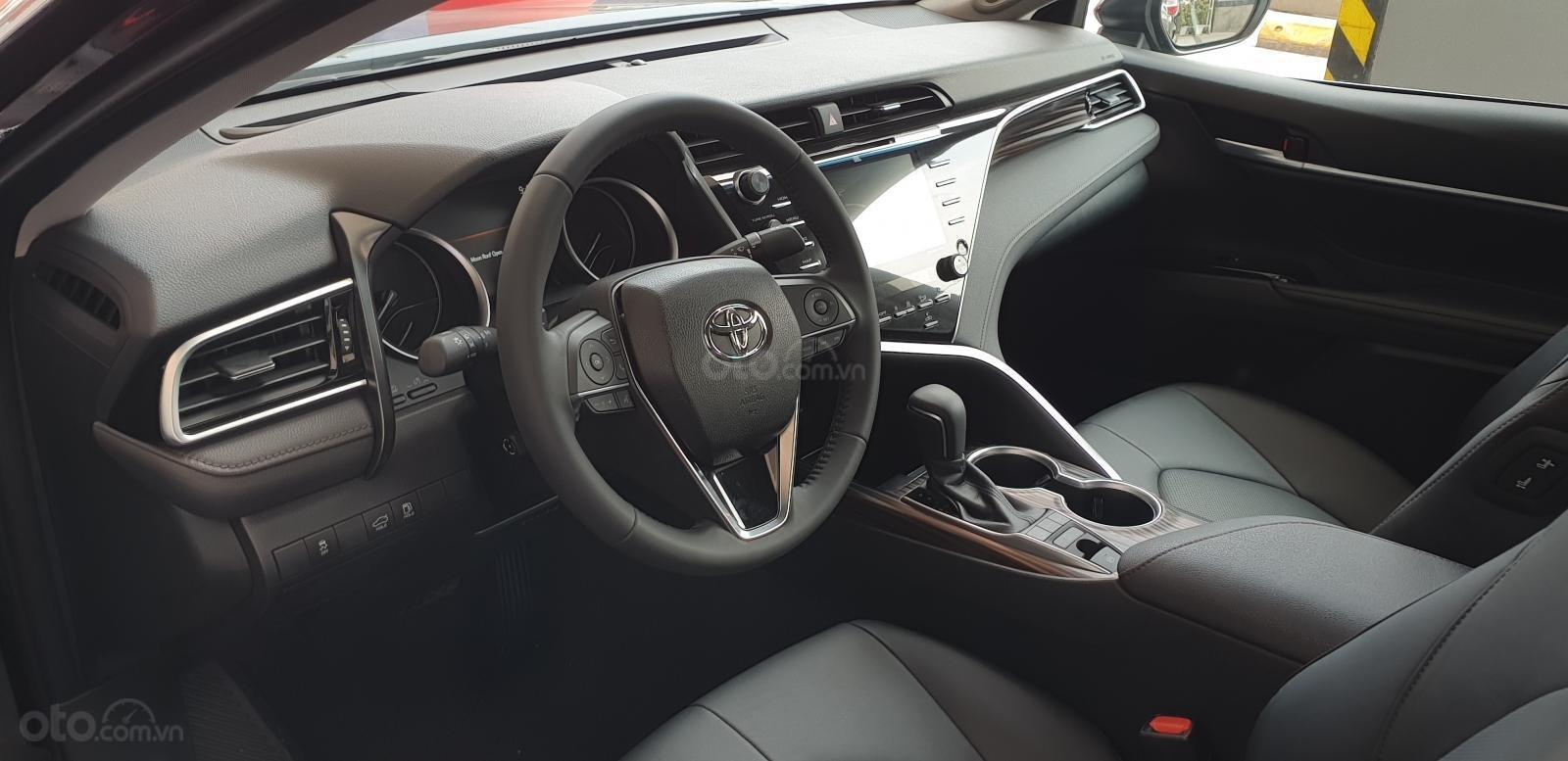 Bán Toyota Camry 2.5Q nhập khẩu giao ngay, giá tốt, liên hệ 0987404316 - 0355283111-9