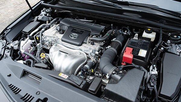 Toyota Camry 2019 sở hữu động cơ mạnh mẽ và linh hoạt hơn Honda Accord 2019 3