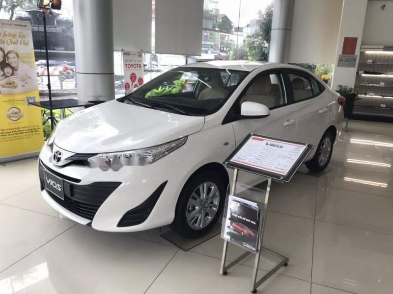 Cần bán xe Toyota Vios đời 2019, tặng 10 món tiêu chuẩn theo xe (2)