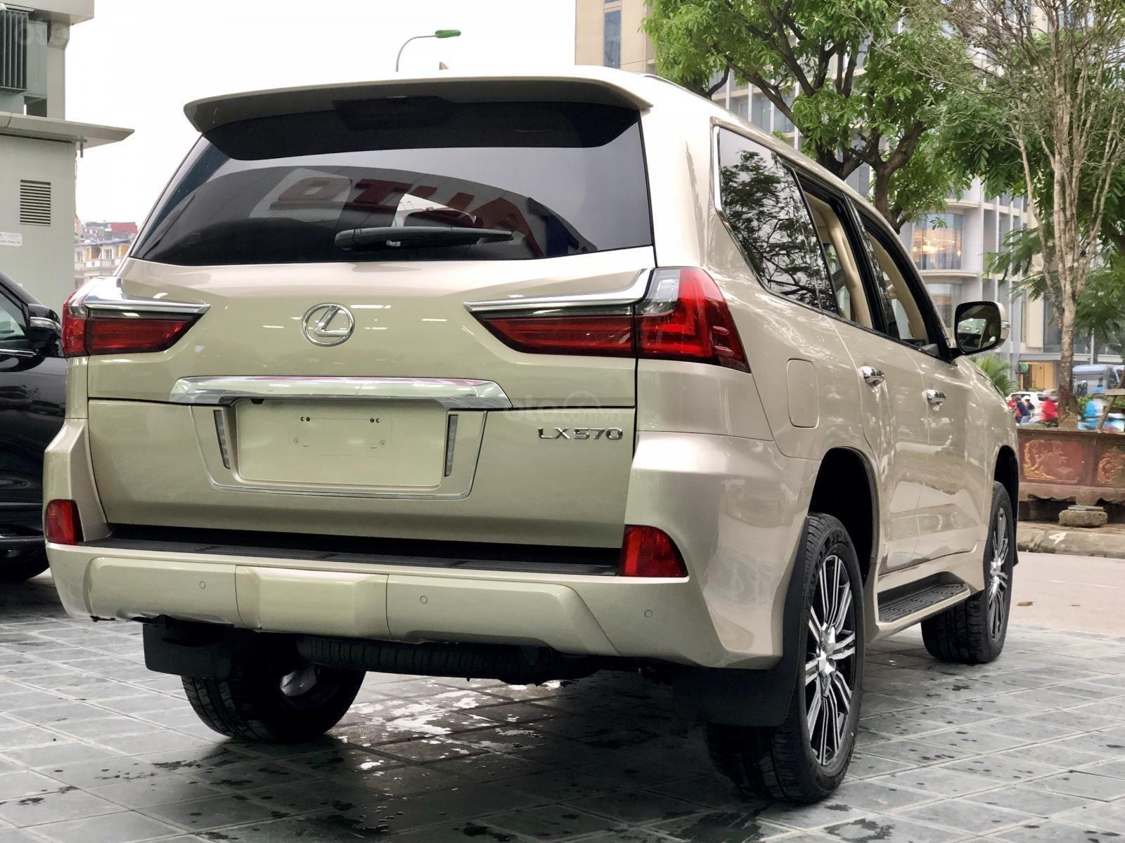 Bán Lexus LX 570 sx 2019 nhập Mỹ, màu vàng cát, LH em Hương 0945392468-2
