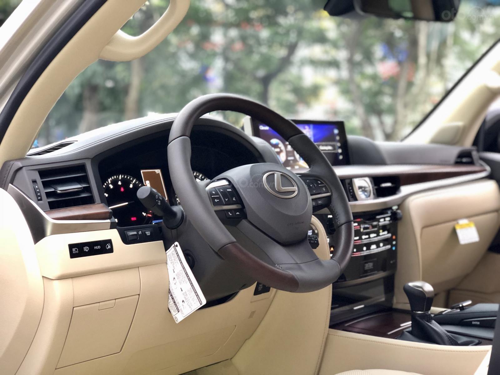 Bán Lexus LX 570 sx 2019 nhập Mỹ, màu vàng cát, LH em Hương 0945392468-6