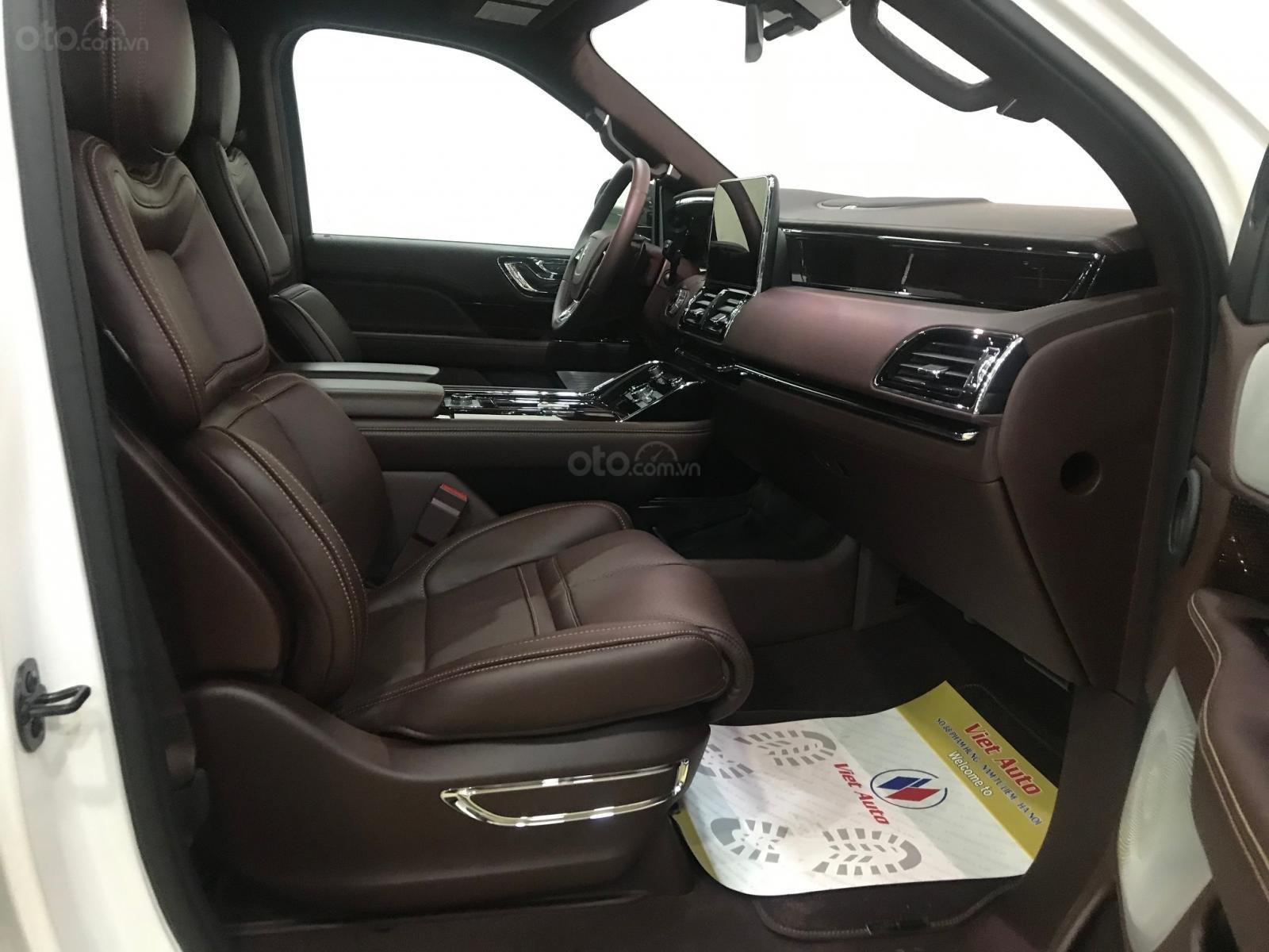 Bán xe Lincoln Navigator black label năm sản xuất 2018, màu trắng, nhập khẩu nguyên chiếc-6