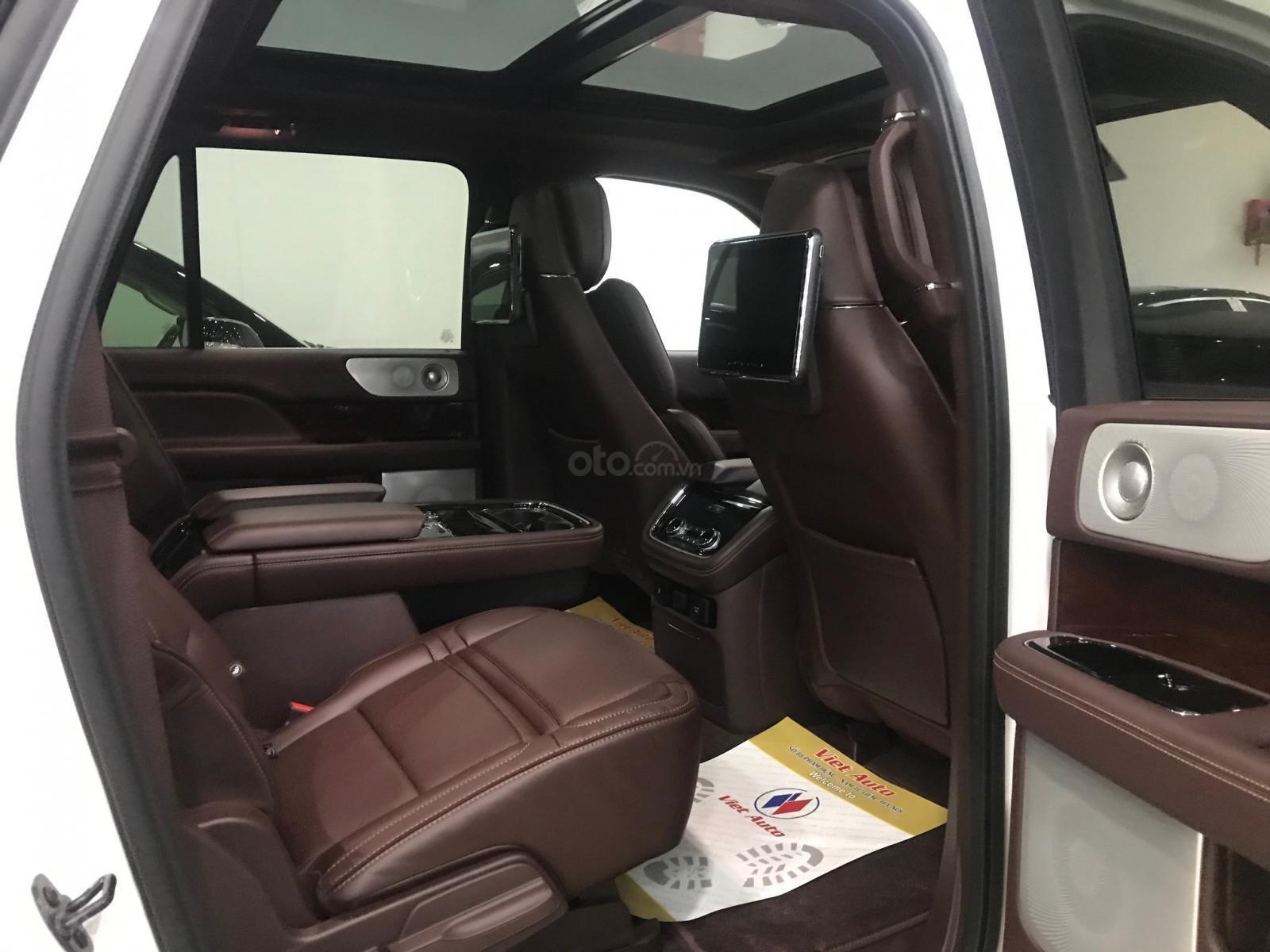 Bán xe Lincoln Navigator black label năm sản xuất 2018, màu trắng, nhập khẩu nguyên chiếc-8
