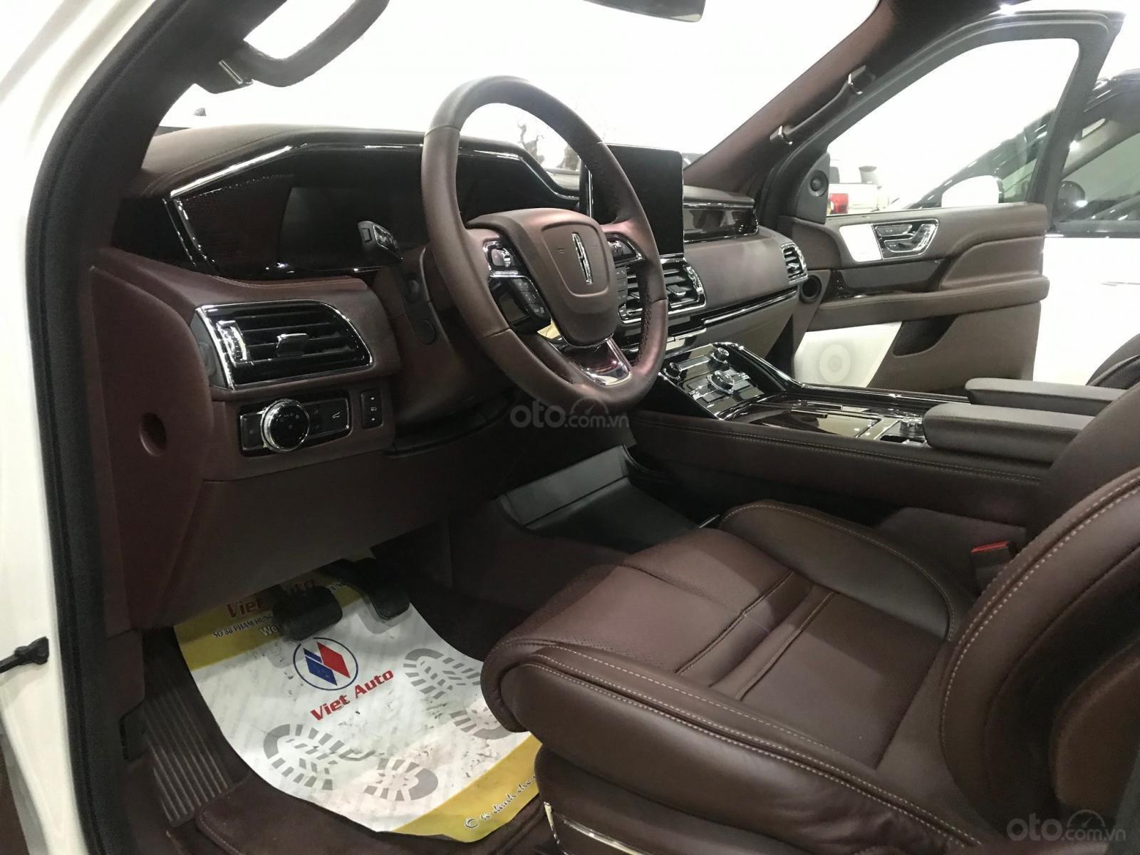 Bán xe Lincoln Navigator black label năm sản xuất 2018, màu trắng, nhập khẩu nguyên chiếc-10