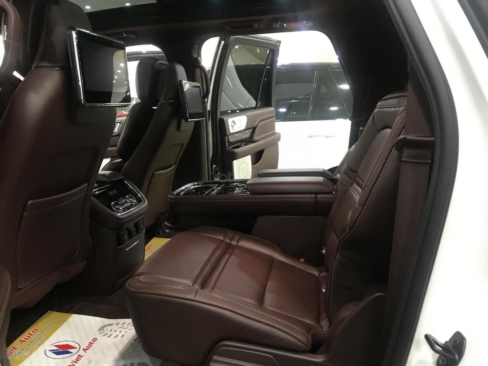 Bán xe Lincoln Navigator black label năm sản xuất 2018, màu trắng, nhập khẩu nguyên chiếc-14