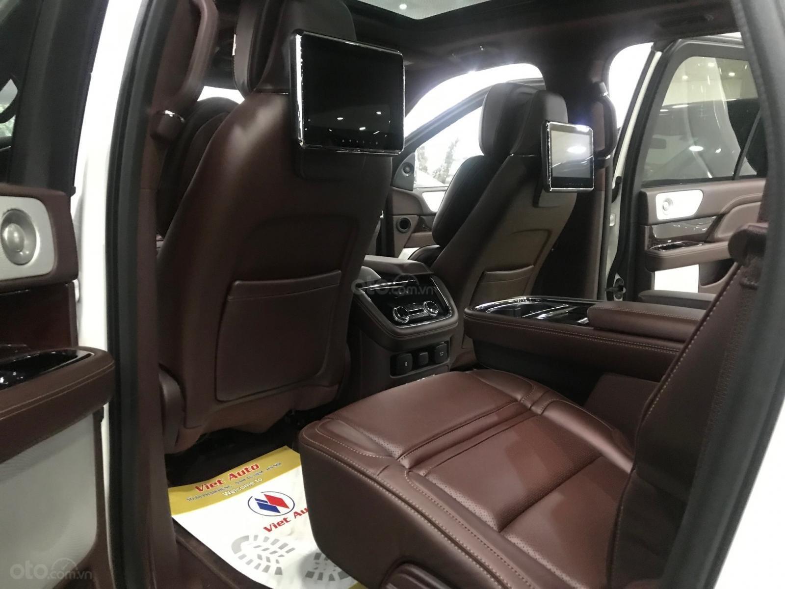 Bán xe Lincoln Navigator black label năm sản xuất 2018, màu trắng, nhập khẩu nguyên chiếc-13