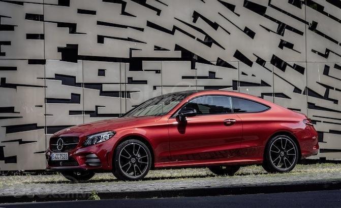 Top 10 mẫu Coupe AWD tốt nhất - Mercedes-Benz C-Class Coupe vẫn là đối thủ nặng ký