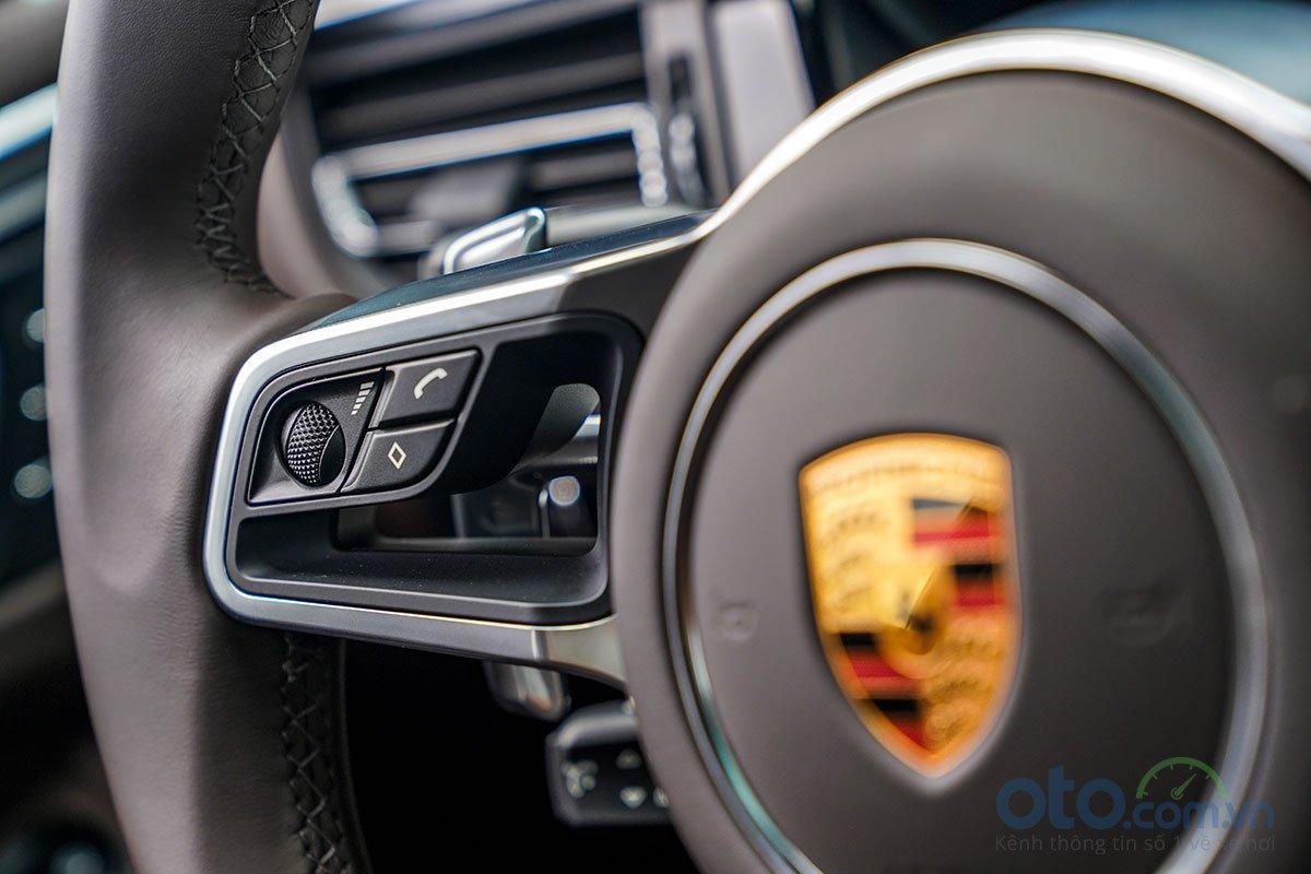 Đánh giá xe Porsche Macan S 2019: Kết nối điện thoại rảnh tay.