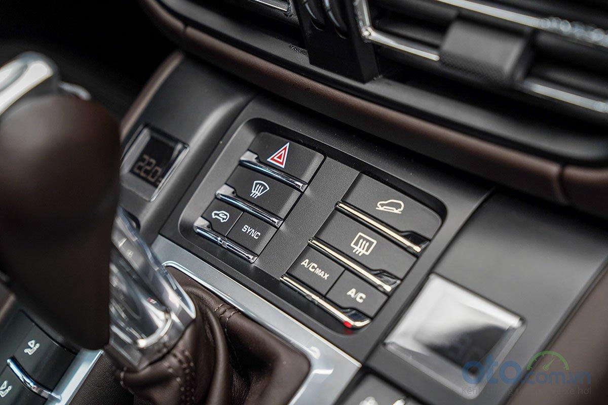 Đánh giá xe Porsche Macan S 2019: Hỗ trợ đổ đèo.