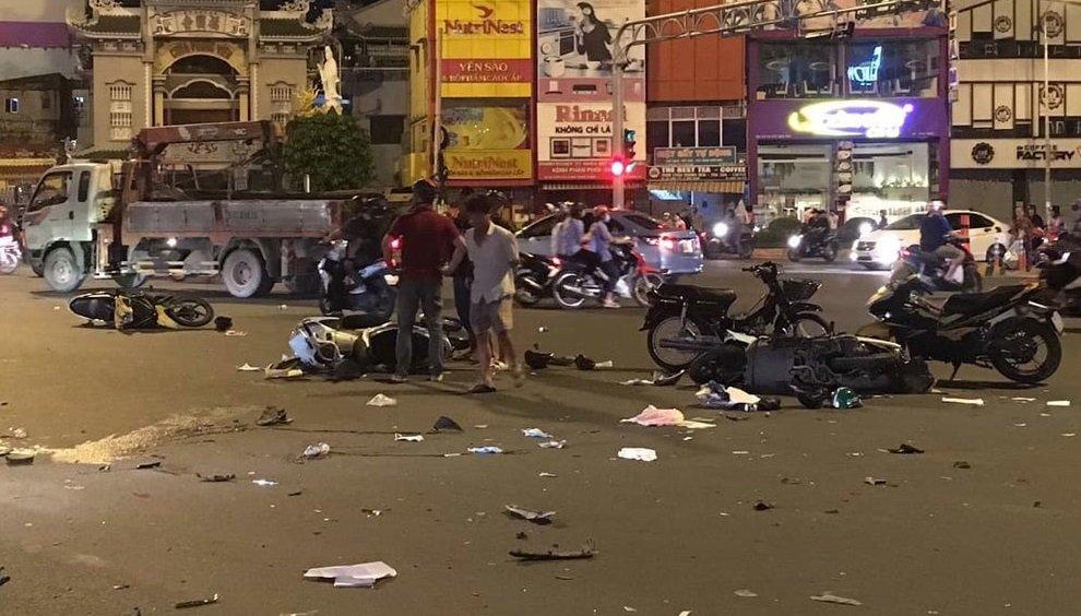 Tai nạn giao thông cướp đi sinh mạng của 22 người Việt Nam mỗi ngày...