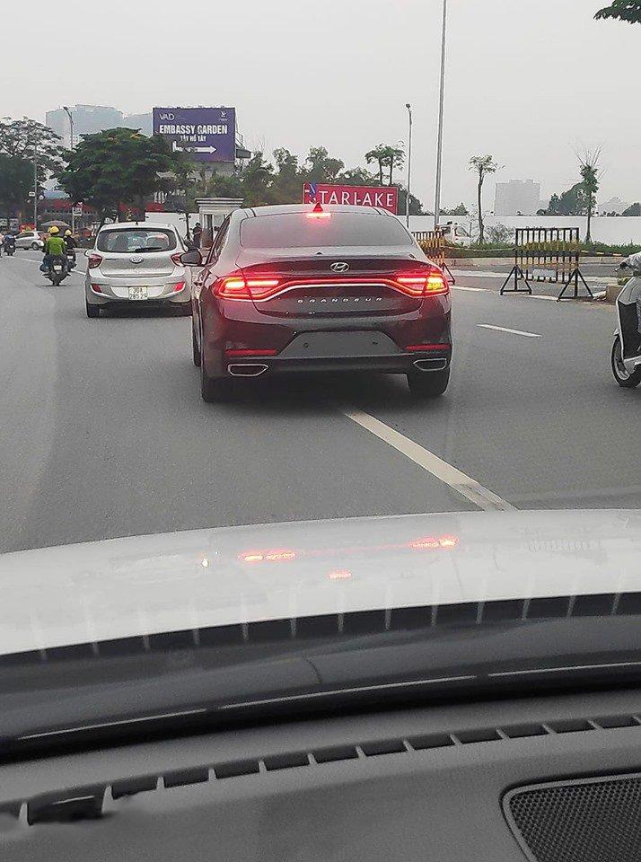 Hyundai Grandeur 2019 bất ngờ xuất hiện tại Việt Nam, thay thế Sonata? a1