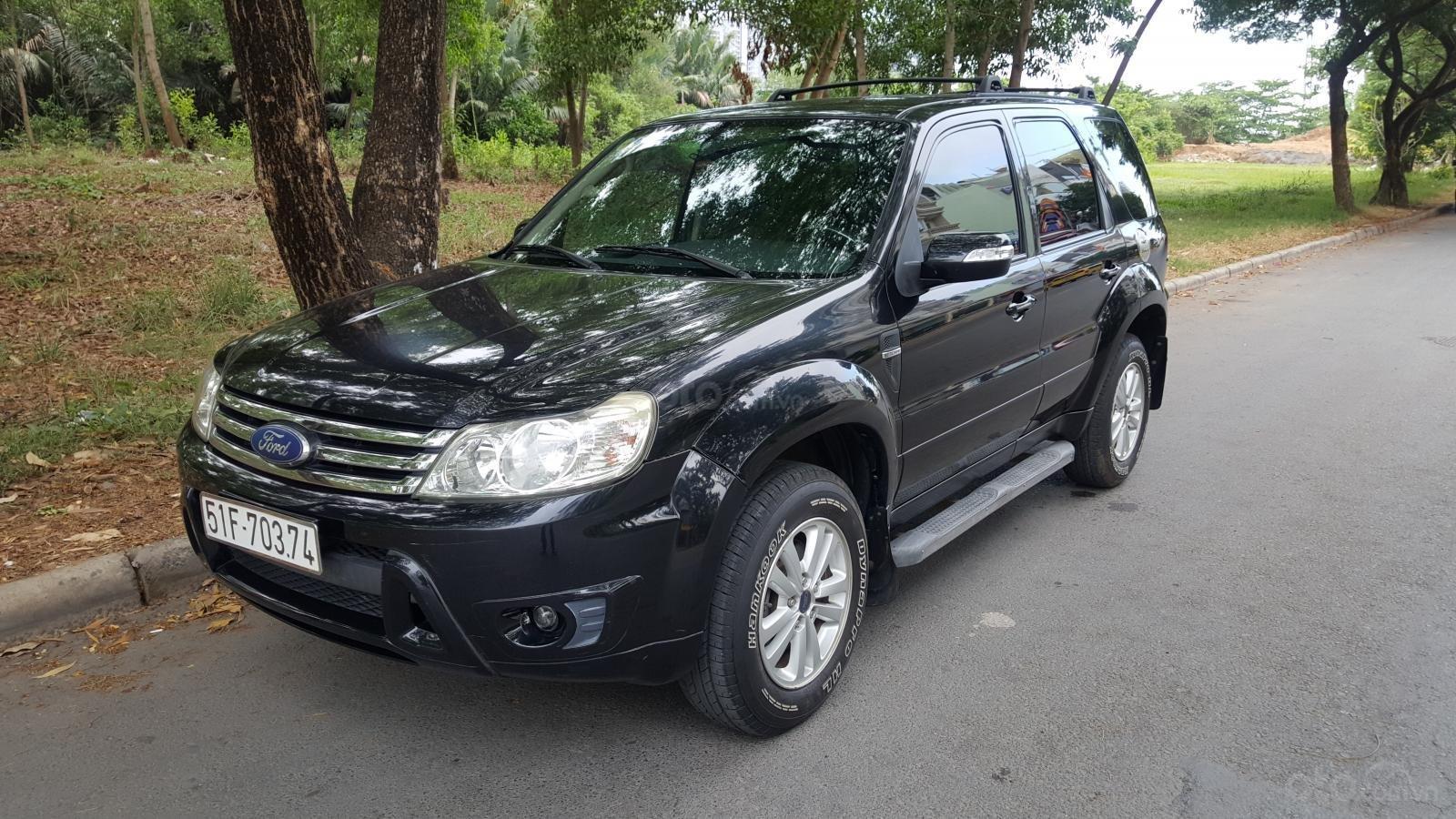 Bán Ford Escape XLS đời 2009, màu đen, giá 390tr-2