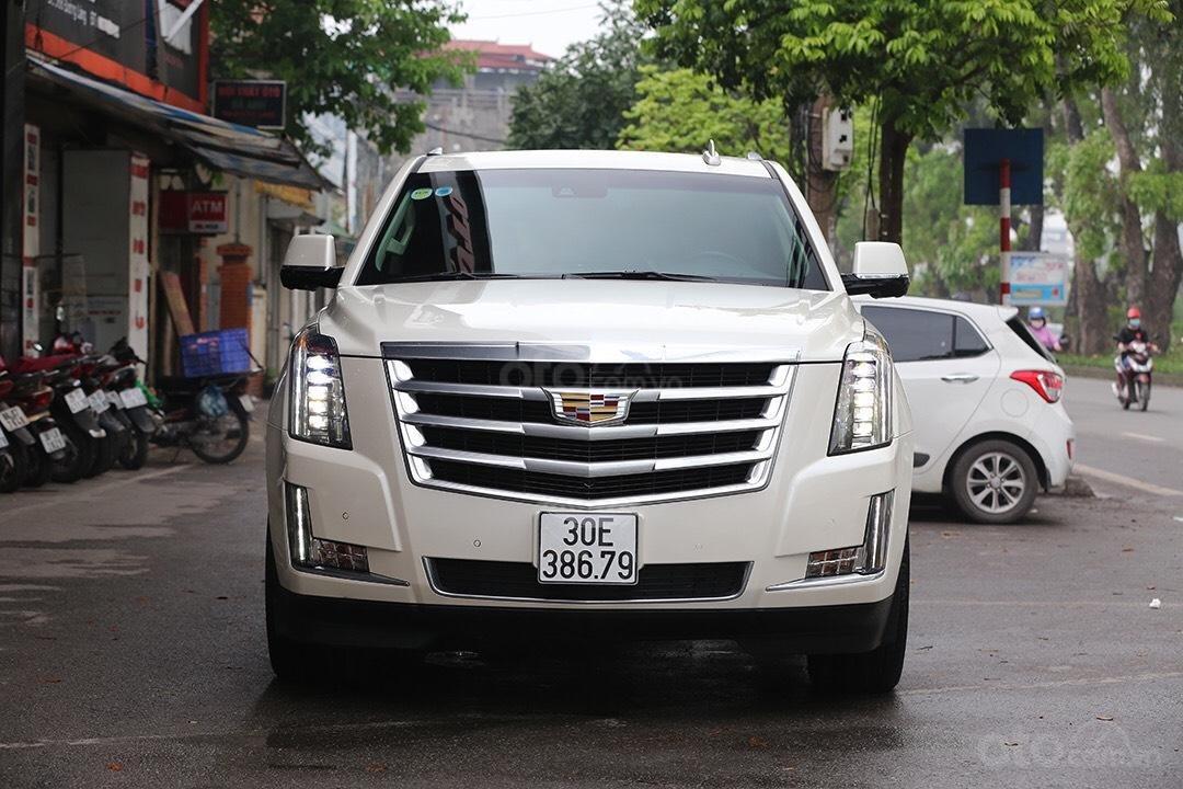 Cần bán Cadillac Escalade đời 2016, màu trắng, nhập khẩu-0