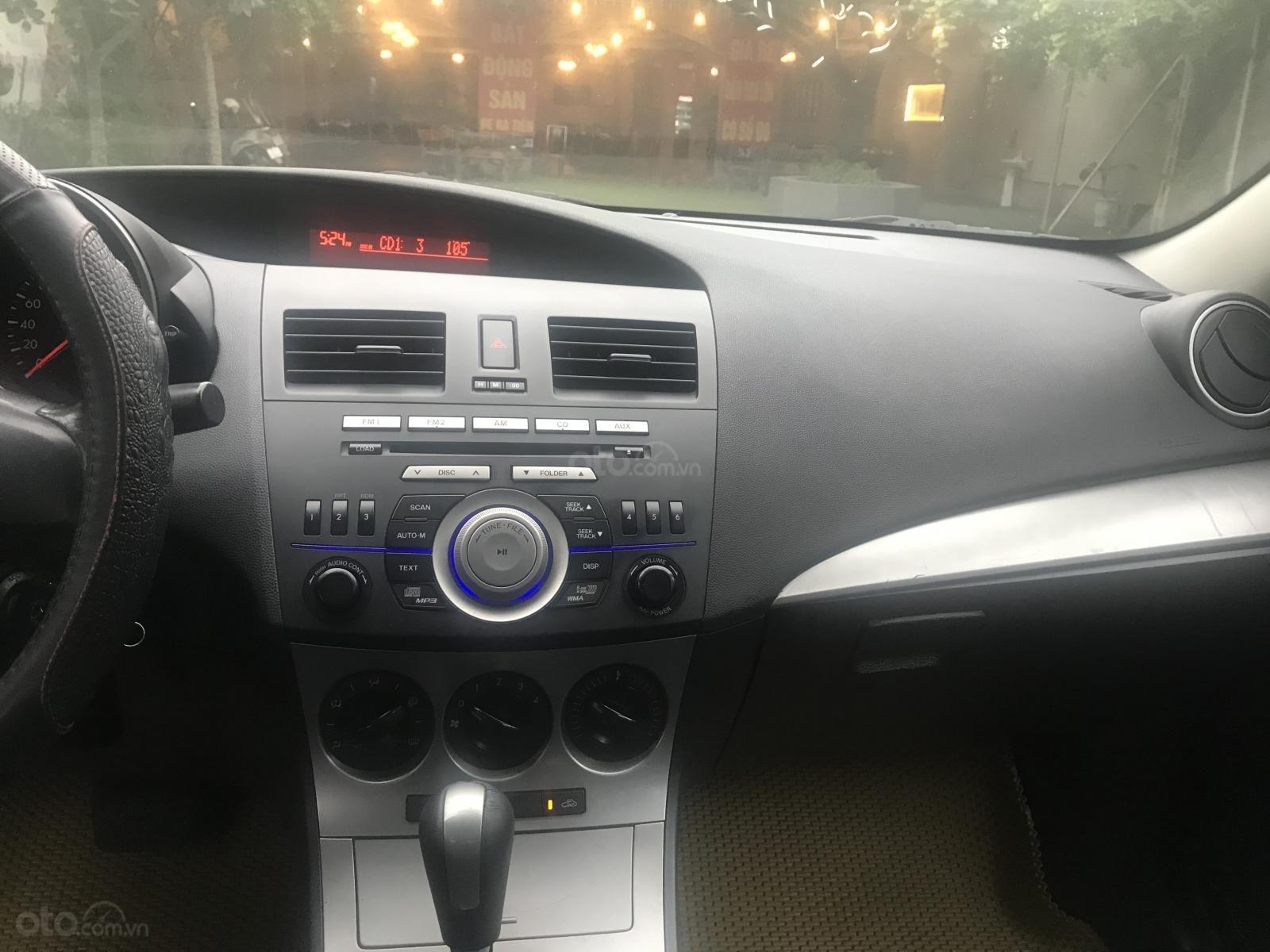 Bán Mazda 3 1.5 AT, sản xuất 2010, màu trắng-7