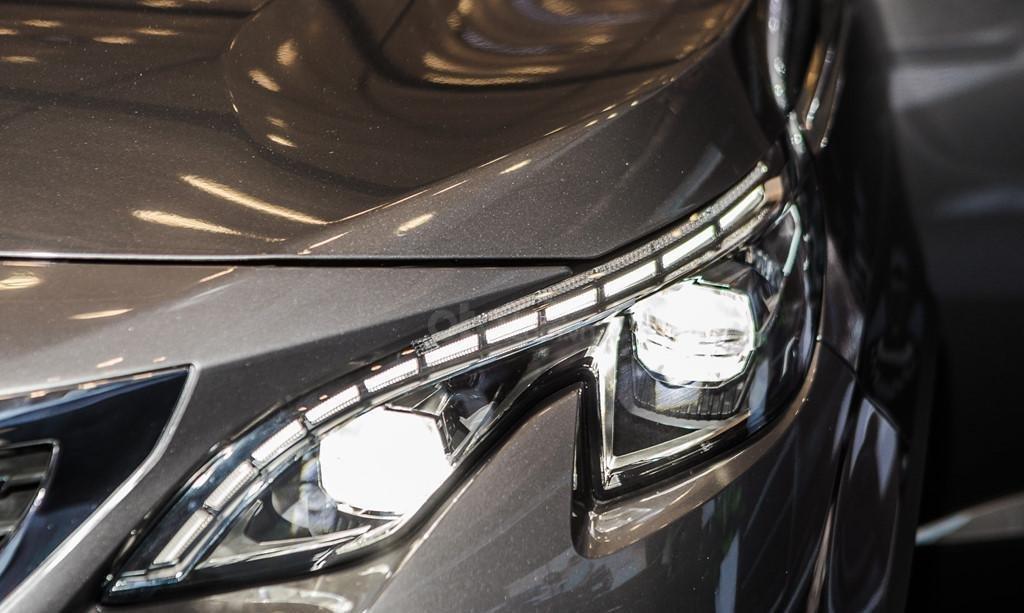 Peugeot 5008 2019 giá tốt nhất-8