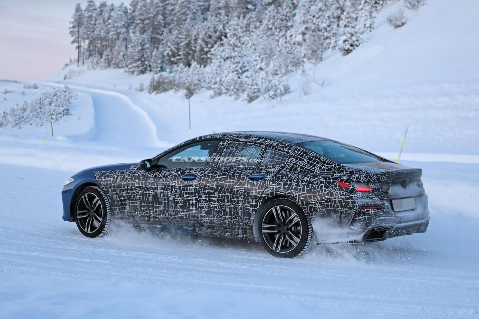 BMW 8 Series Gran Coupe bất ngờ lộ ảnh nóng 8