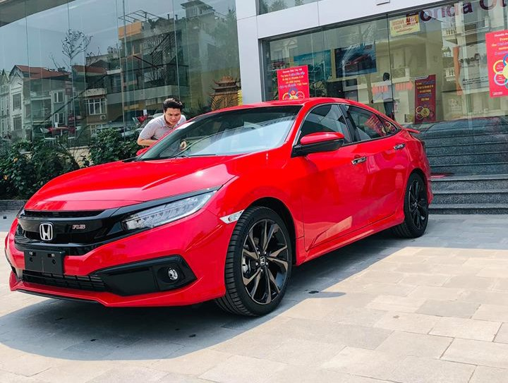 So sanh xe Honda Civic 1.5 RS 2019 va Kia Cerato 2.0 Premium 2019