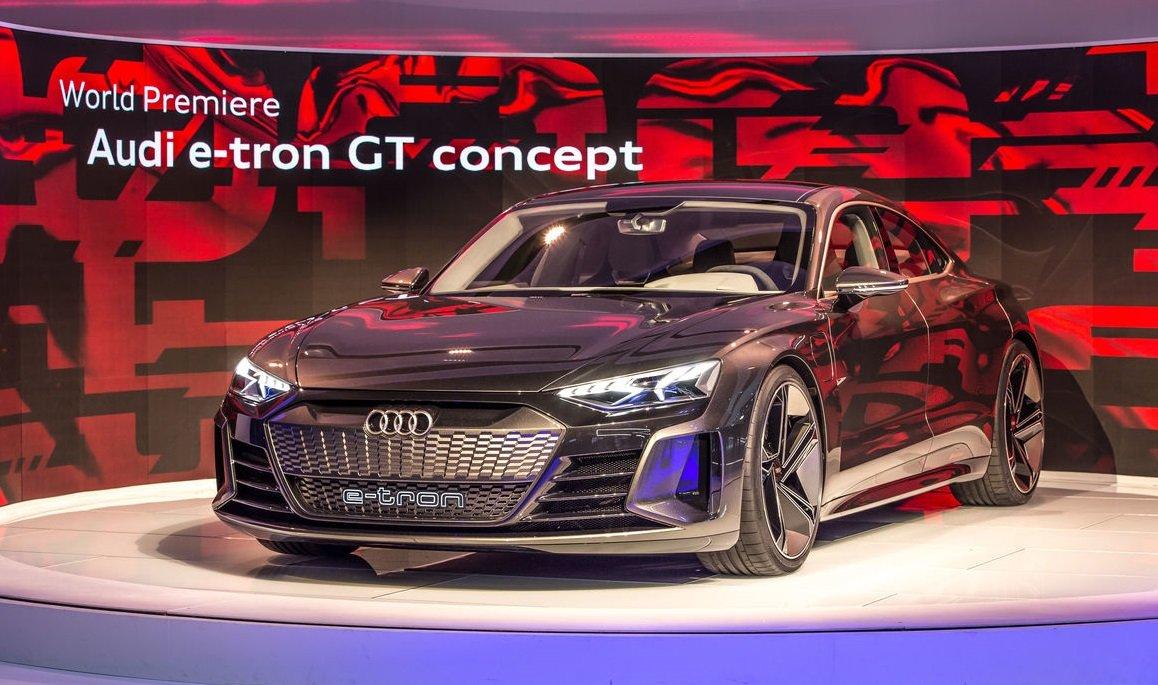 Audi E-Tron GT lần đầu được giới thiệu tại Los Angeles Auto Show 2018...