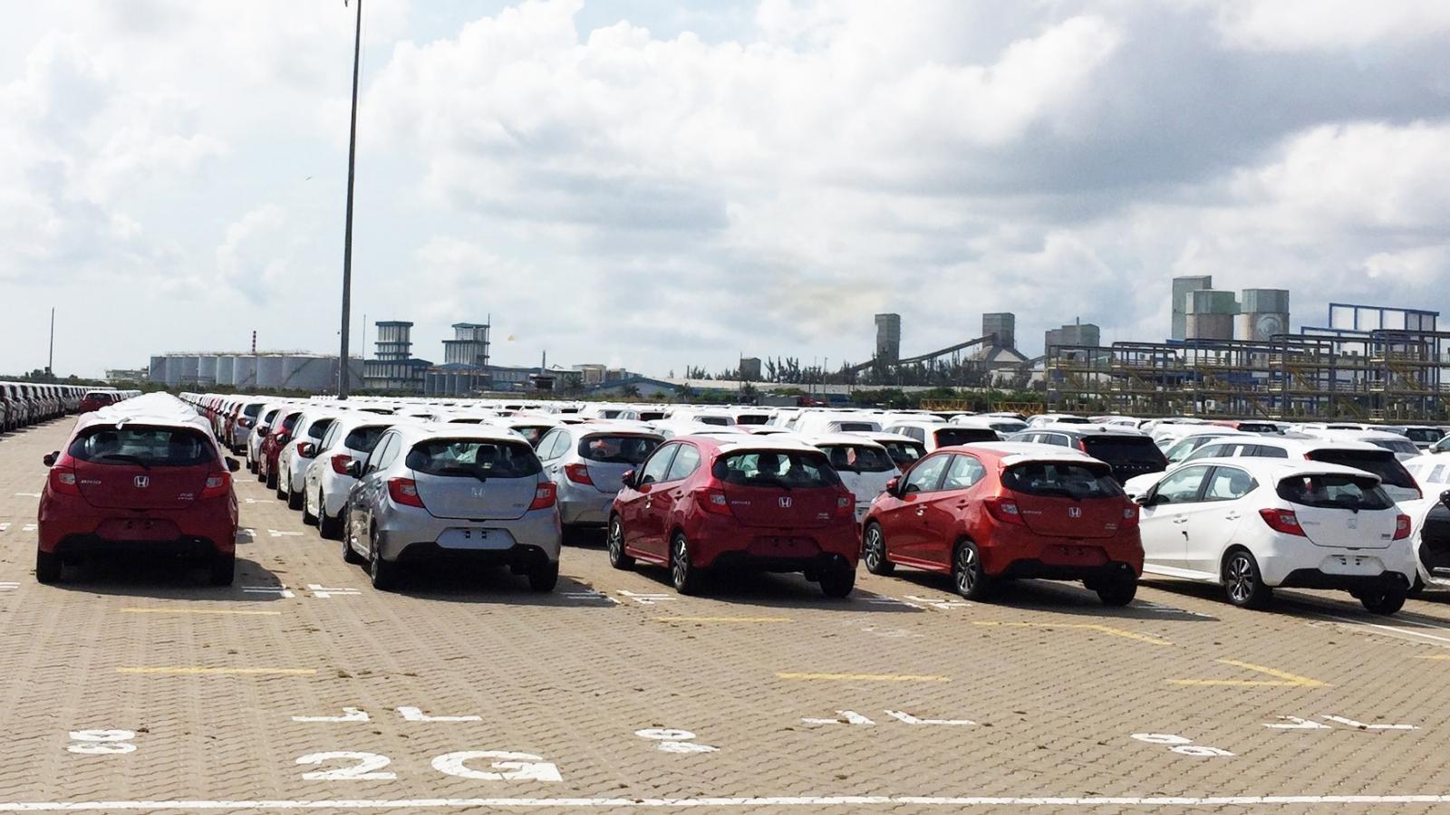 Honda Brio 2019 tràn ngập cảng Việt Nam, chờ ngày ra mắt a3