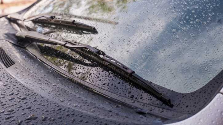 Tất tần tật về cần gạt mưa ô tô bạn cần biết a10.