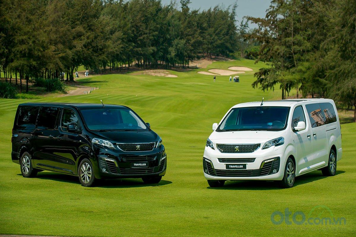 Giá xe Peugeot Traveller 2019 mới nhất