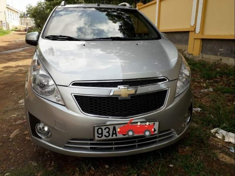 Cần bán xe Chevrolet Spark sản xuất 2013, màu bạc, xe nhập còn mới (3)